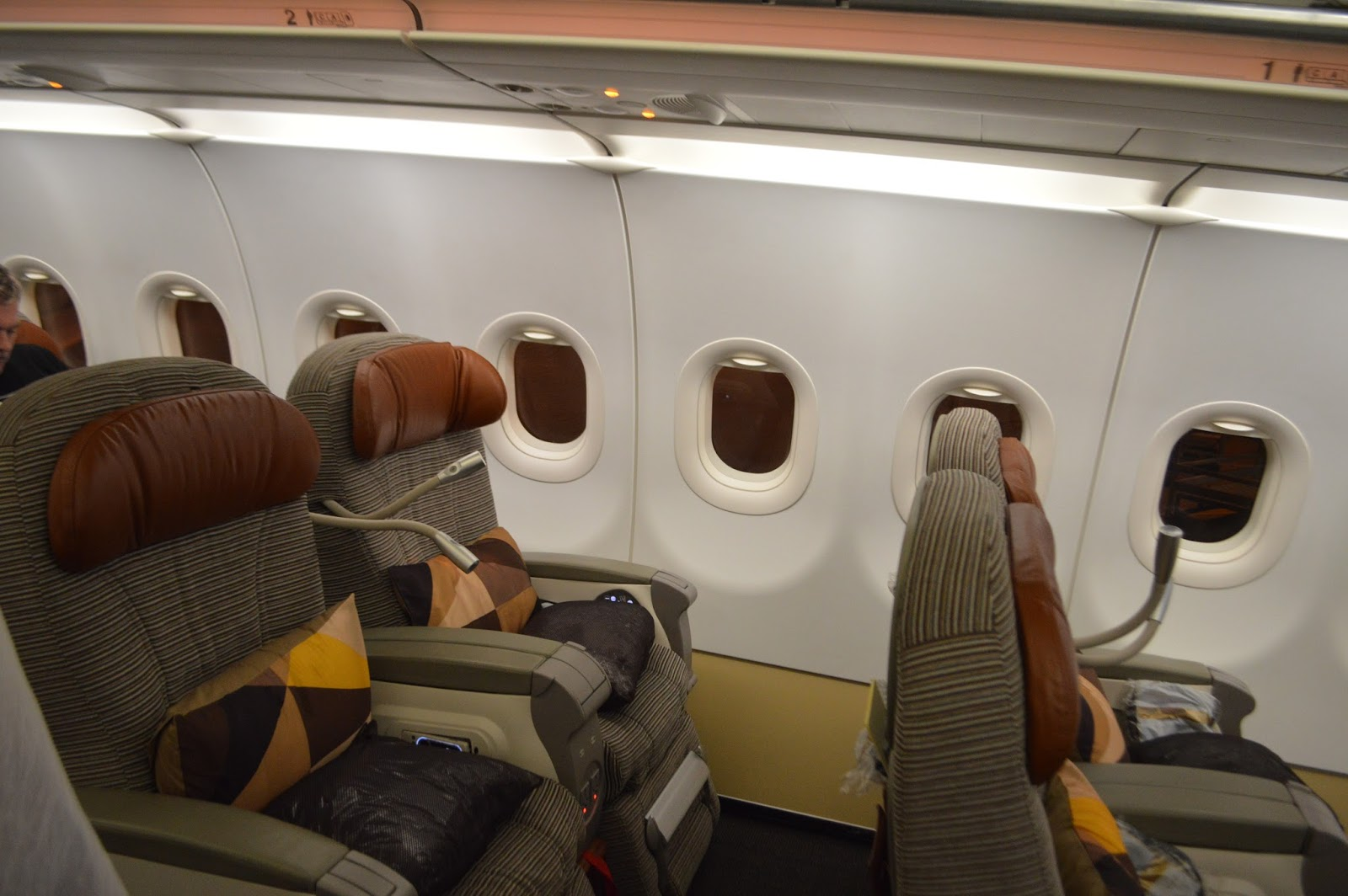 Aussie Flyer: Etihad Airbus A320 Business Class : Colombo ...