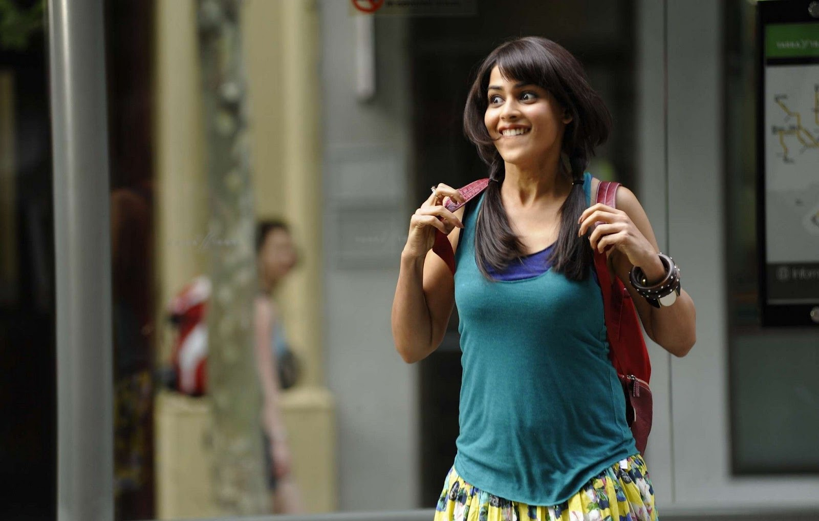 SAB SEXY ACTRESS: Genelia D'Souza Cute and Spicy Photo ...