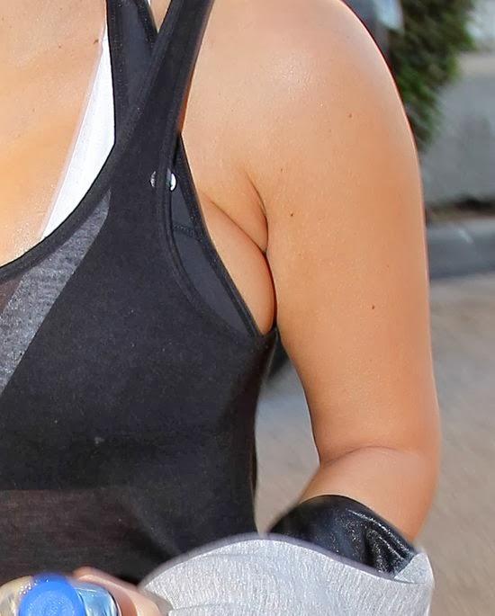 http://2.bp.blogspot.com/-ynyxh_SMOsY/Us_wcIvpEiI/AAAAAAAAAZ4/IMKz5yQUgb4/s1600/kim-kardashian-37.jpg