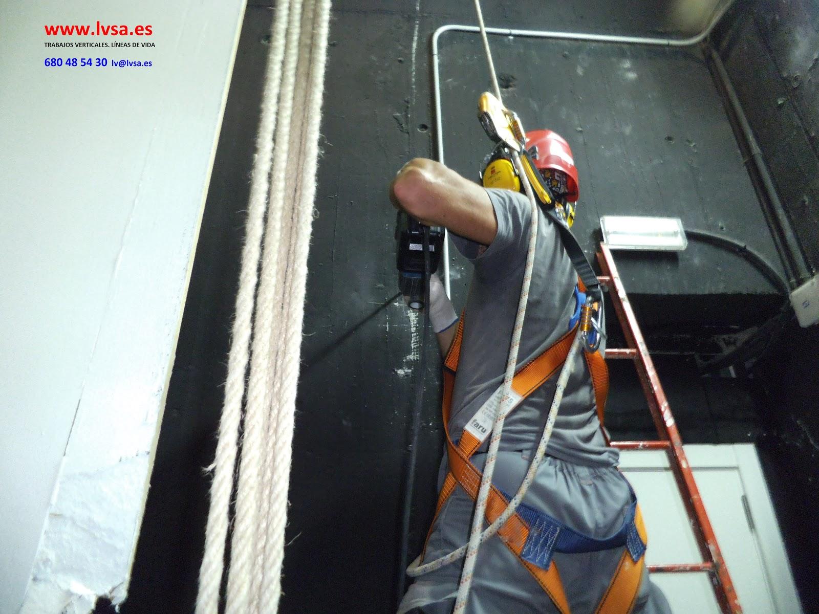 Instalaci n de l nea de vida trabajos verticales en alicante - Trabajos verticales en alicante ...