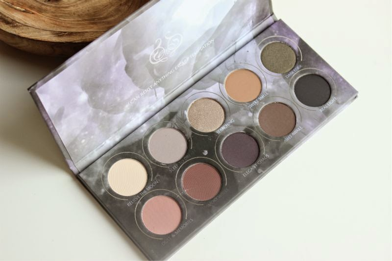 Zoeva Smoky Eyeshadow Palette
