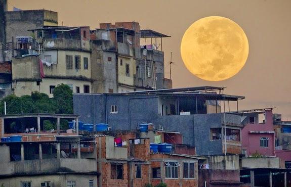 Malam Ini Bulan Purnama 'Mini' Bakal Hiasi Langit