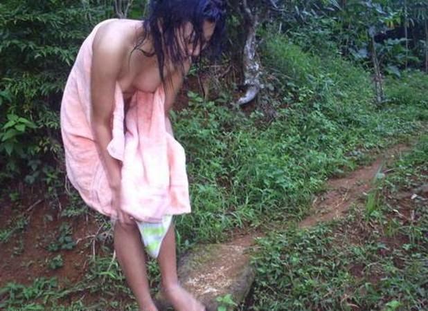 Foto Cewek Desa Telanjang