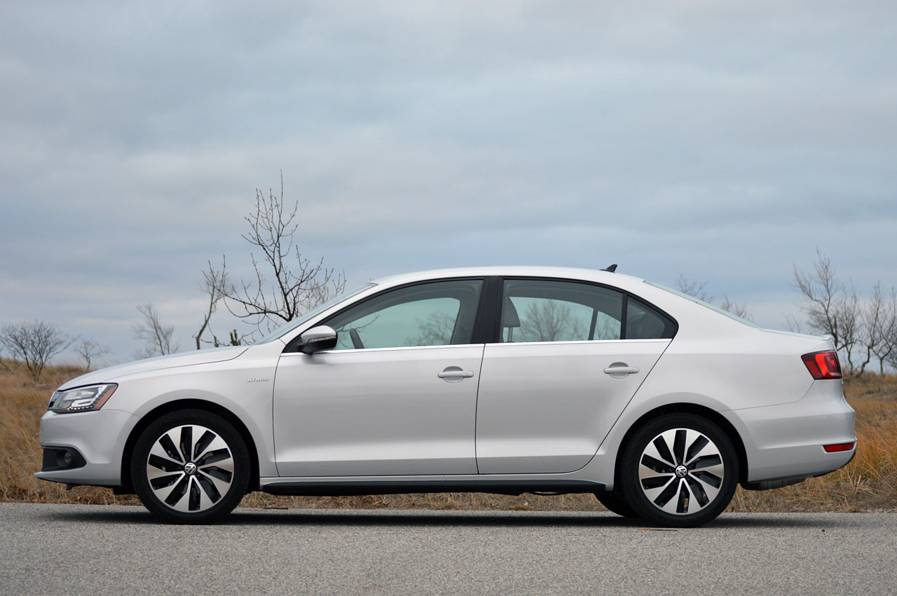 automotiveblogz 2013 volkswagen jetta hybrid. Black Bedroom Furniture Sets. Home Design Ideas