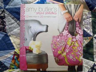 Amy Butler's Style Stitches -kirjan kansikuva
