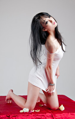 Im Soo Yeon Sexy Hot Korean Race Queen Model White