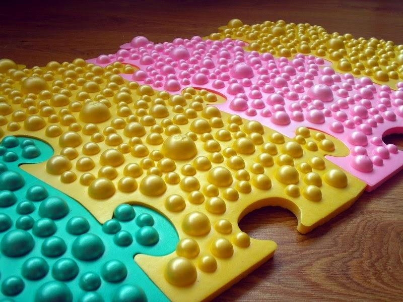 Детские массажные коврики для ног