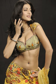 Shruti Hassan hot cleavage photos