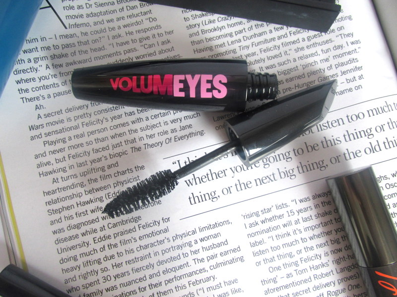 model co volumeyes mascara review