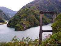 庄川にある廃墟の橋