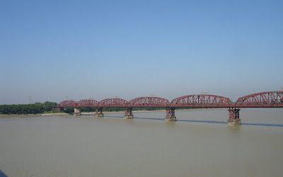 Lord hardinge bridge, Pakshi, Bangladesh
