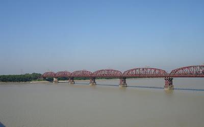 Lord hardinge bridge, Pakshi, Bangladesh
