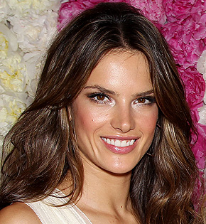 Hollywood Amp Bollywood Stars Alessandra Ambrosio Profile And Pictures 2011