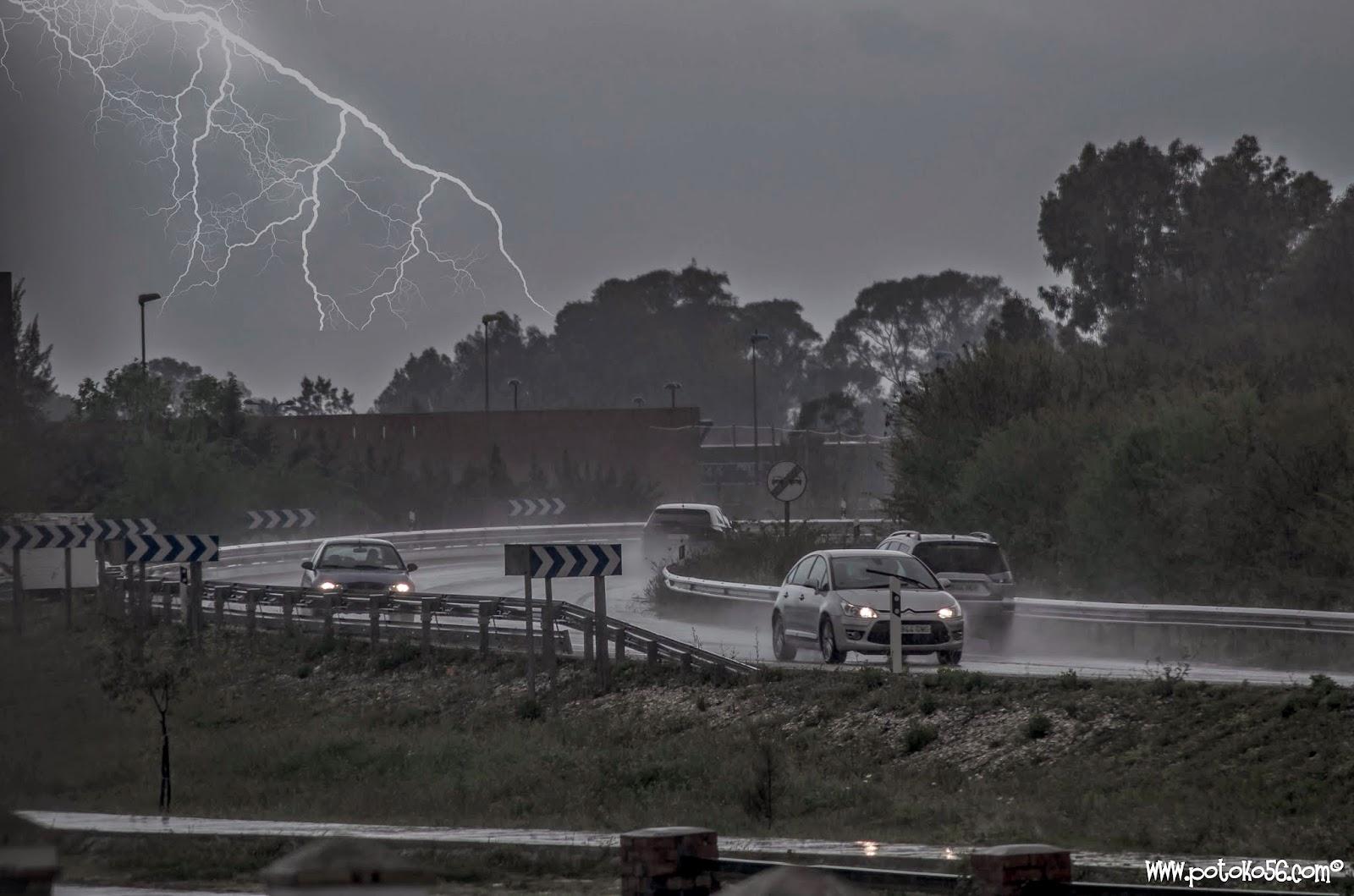 en Rota gran tormenta electrica