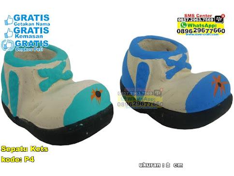 Sepatu Kets unik