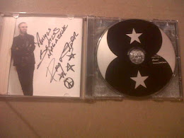 CD DE RINGO STARR DEDICADO Y AUTOGRAFIADO POR EL PARA BEATLES MAGAZINE