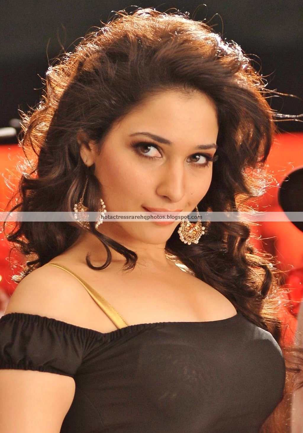 Actress Tamanna Bhatia Hot