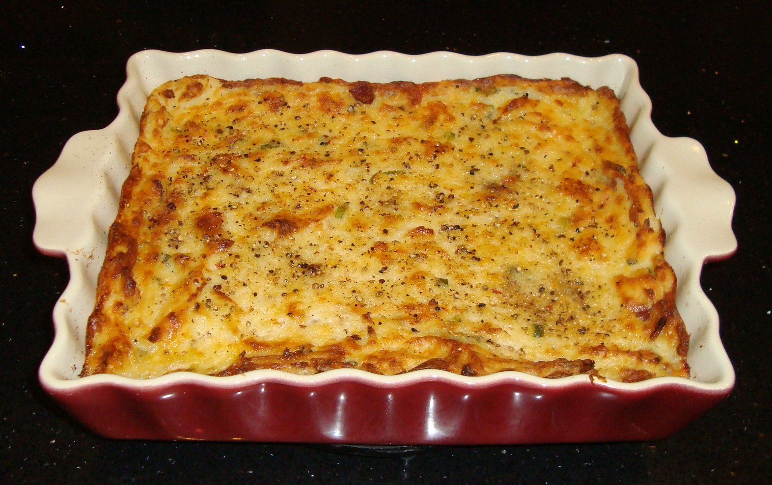 Sarah's Kitchen: Loaded Mashed Potato Casserole