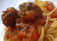Spaguetti com Almôndegas (vegana)