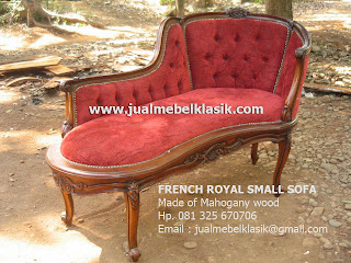 Supplier classic Indonesia furniture wooden french sofa carved mahogany sofa french style