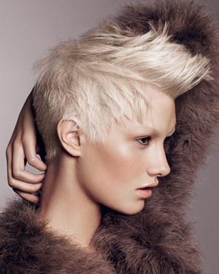 natürliche frisuren lange haare