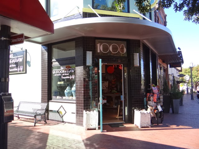 A walk around downtown plano texas for Tattoo shops in plano