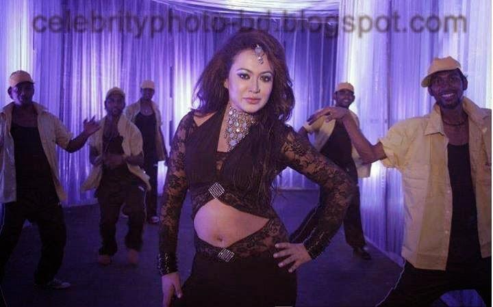 Bipasha+Kabir++Most+Popular+Item+Girl+of+Bangladesh001