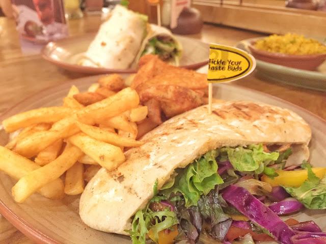 Nando's Singapore - Chicken Pita