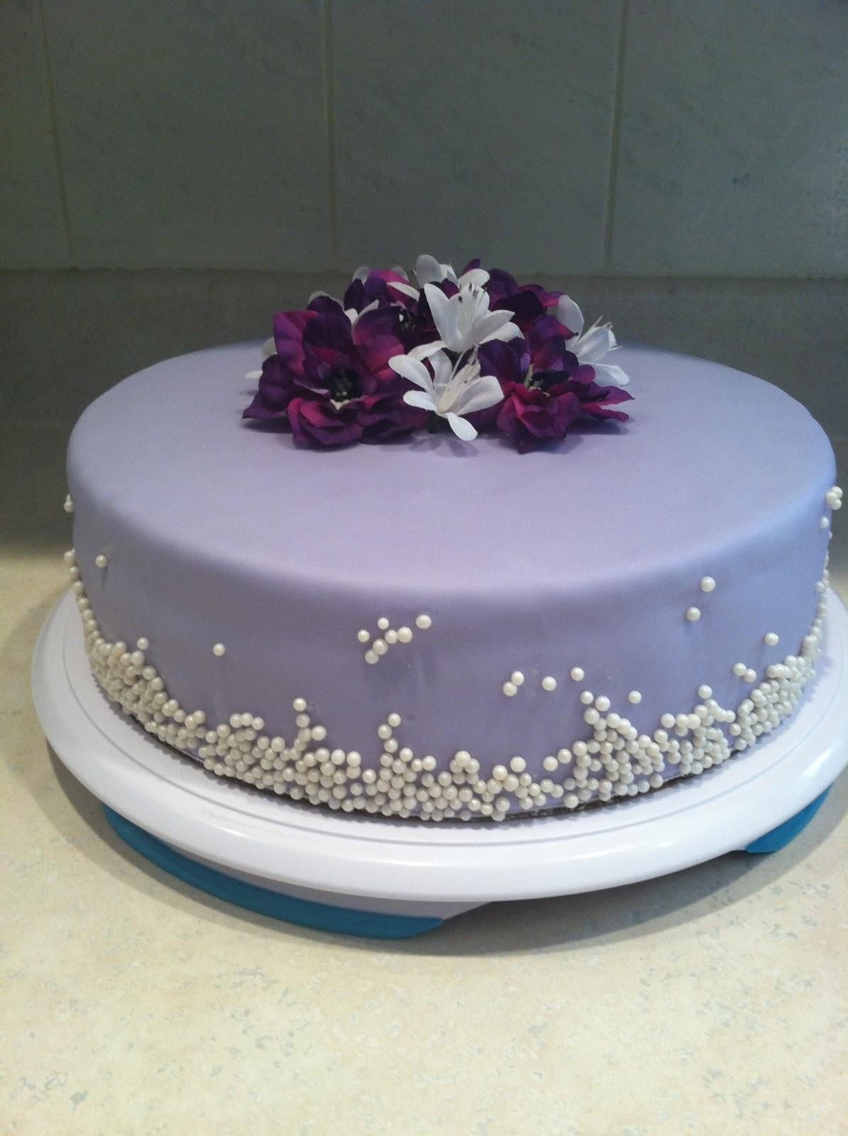 Cake Designs With Purple : Marshmallow Masterpieces!: Purple Birthday Cake