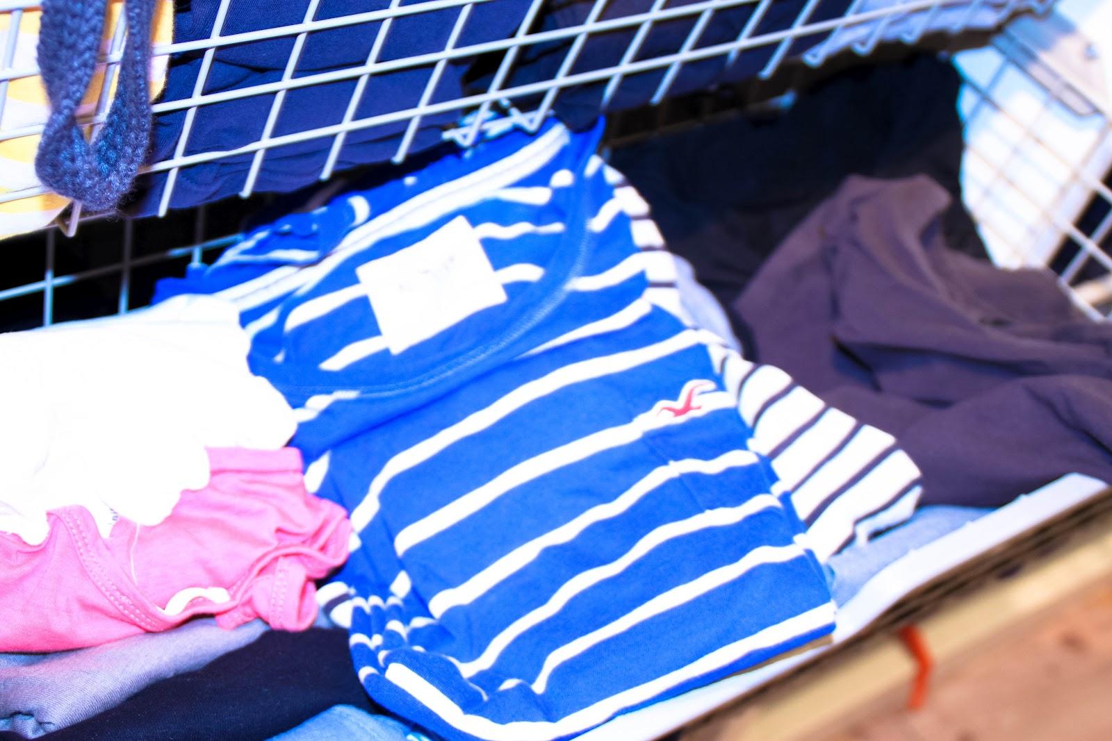 der perfekte kleiderschrank t shirts falten ordnungsliebe. Black Bedroom Furniture Sets. Home Design Ideas