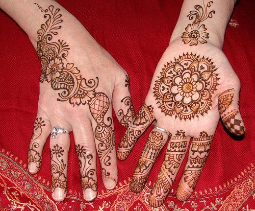 Here are some some beautiful and elegant mehndi designs - Beautiful dizain image ...