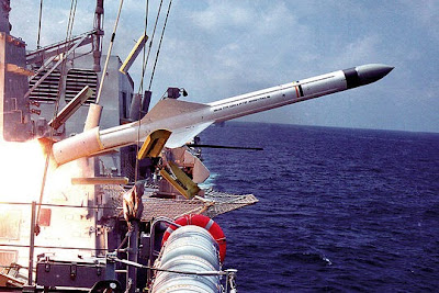http://2.bp.blogspot.com/-yqqrJlYt4oM/Uh4GTgVRktI/AAAAAAAALzw/U47DoezX8Zg/s1600/AA+-+Missile+from+Navy.jpg