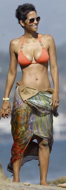 Halle Berry – Bikini Candids in Malibu