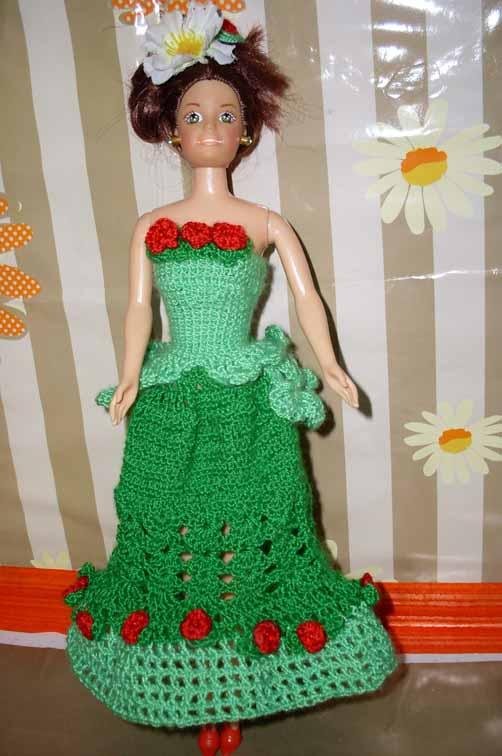 Вязаные платья для куклы барби