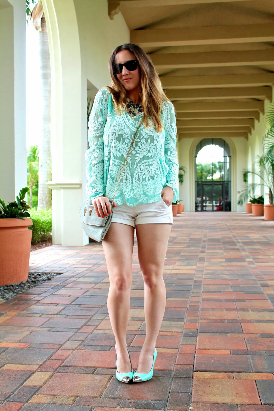 The Flaunt Shop, American Eagle, Forever 21, Chinese Laundry, Piperlime, LF Stores, street style, Miami fashion blogger, Ray-Ban, wayfarer, statement necklace, mint, discount