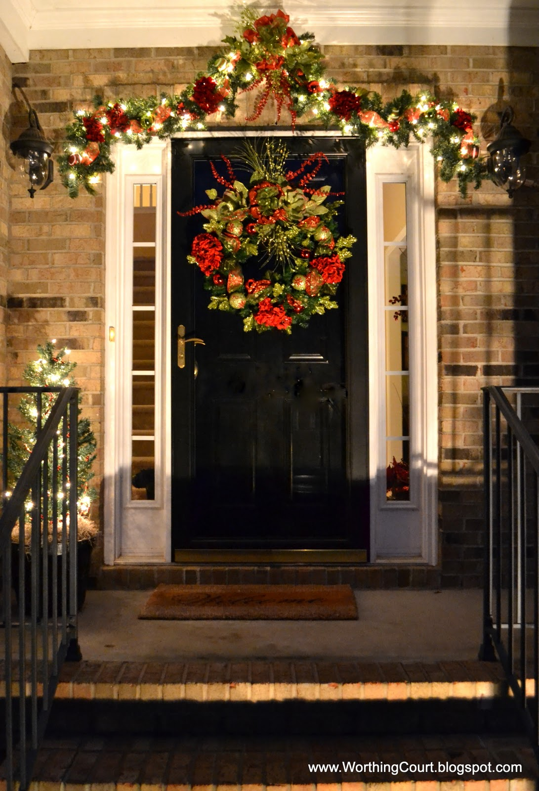 christmas outdoors - Modern Christmas Front Door Decorations