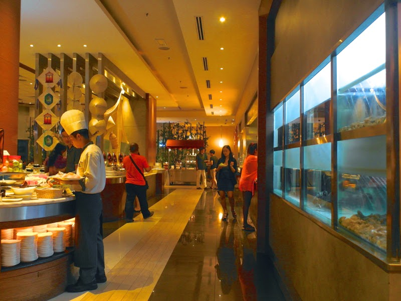 KSL Resort Infusion Cafe Restaurant International Buffet Dinner Malaysia Johor Bahru lunarrive travel blog