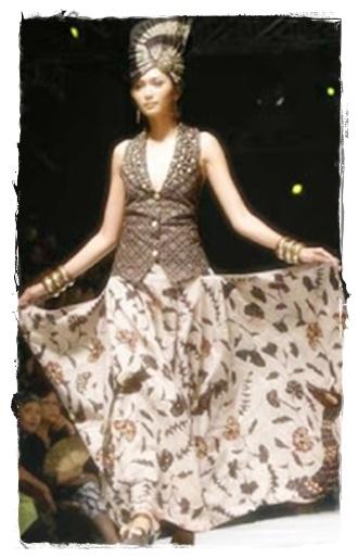 Model gaun batik terkini
