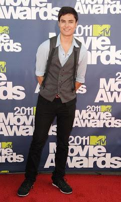 MTV Movie Awards 2011 - Página 4 MMAtapete199