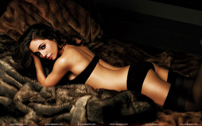 Eliza Dushku Hot HD Wallpaper
