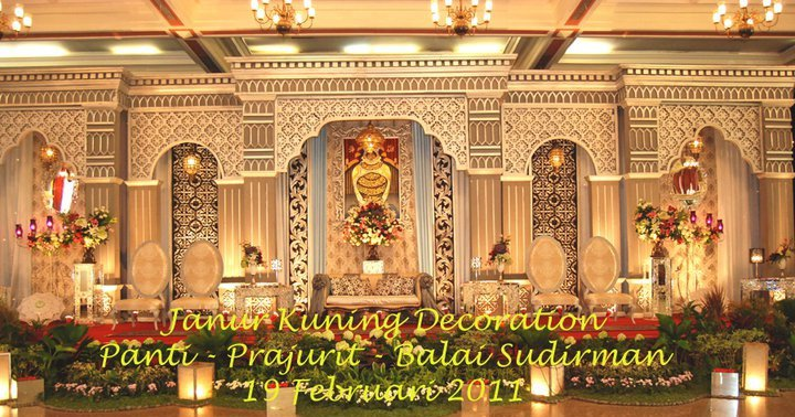 Janur Kuning Decoration: Pelaminan International Maroko