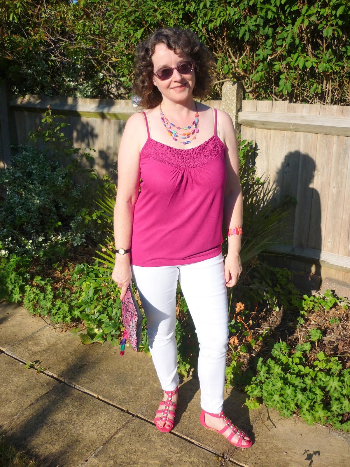 Aztec Clutch, White Jeans, Hot Pink Cami | Petite Silver Vixen