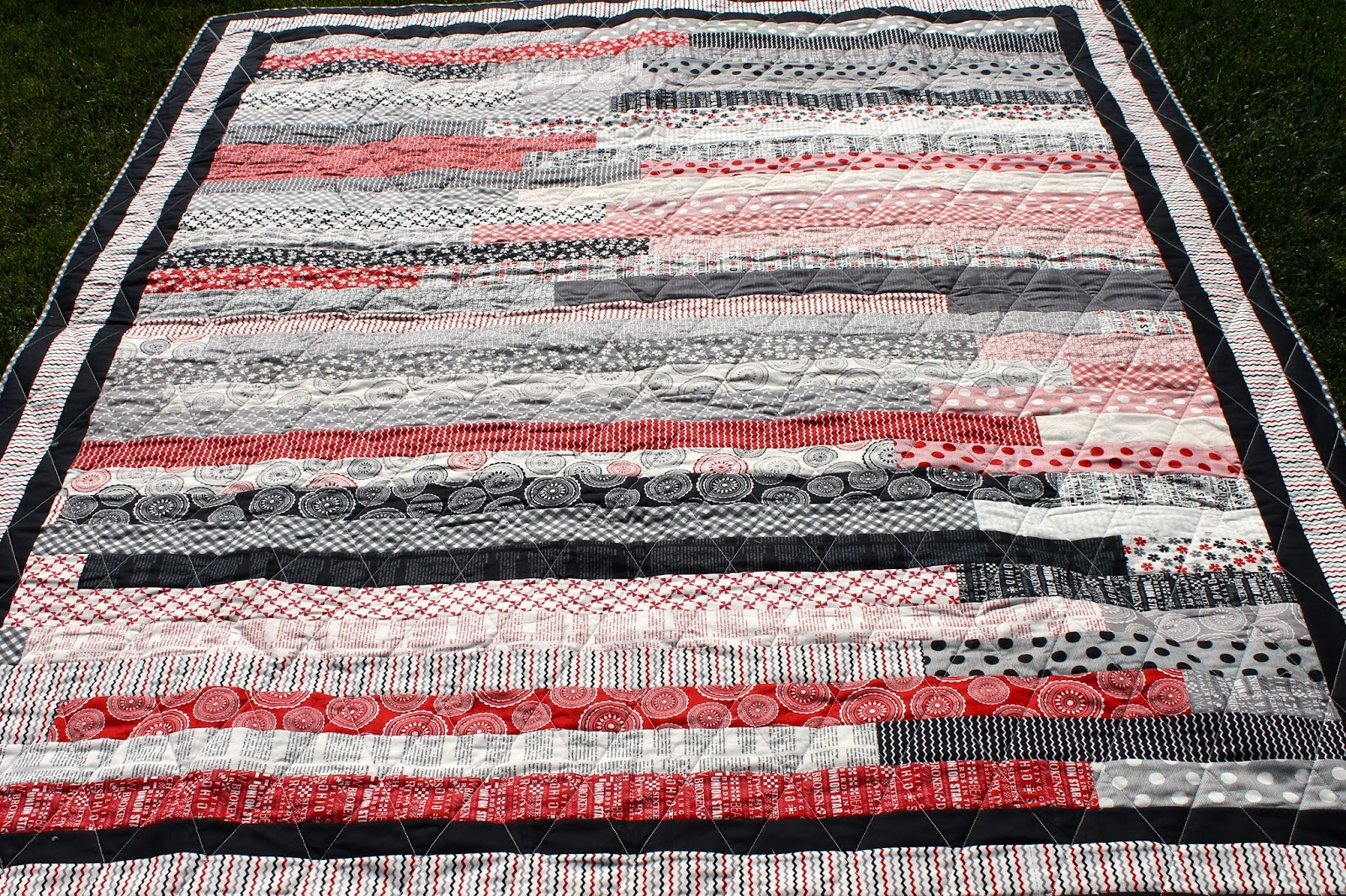 Quilt Pattern Jelly Roll Race : Latimer Lane: Mama Said Sew Jelly Roll Race Quilt