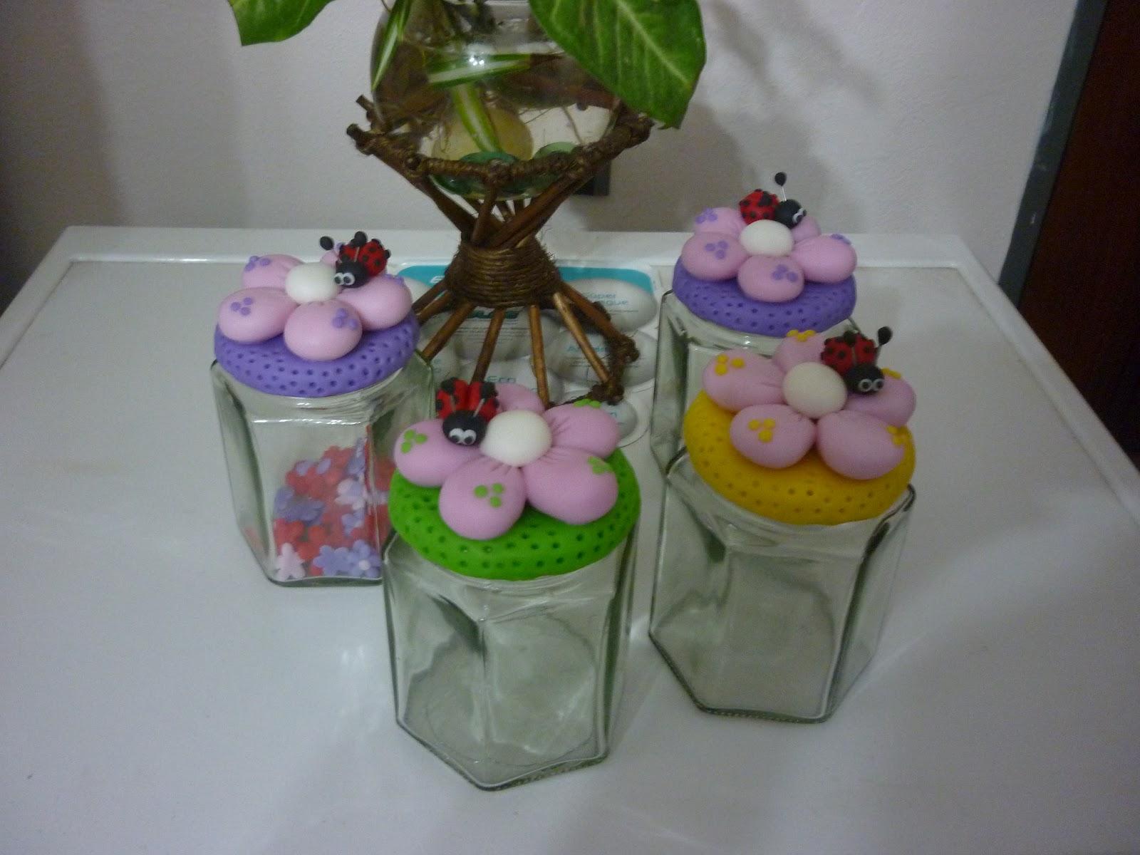 Little creations innovadores frascos con golosinas con - Adornos con golosinas ...