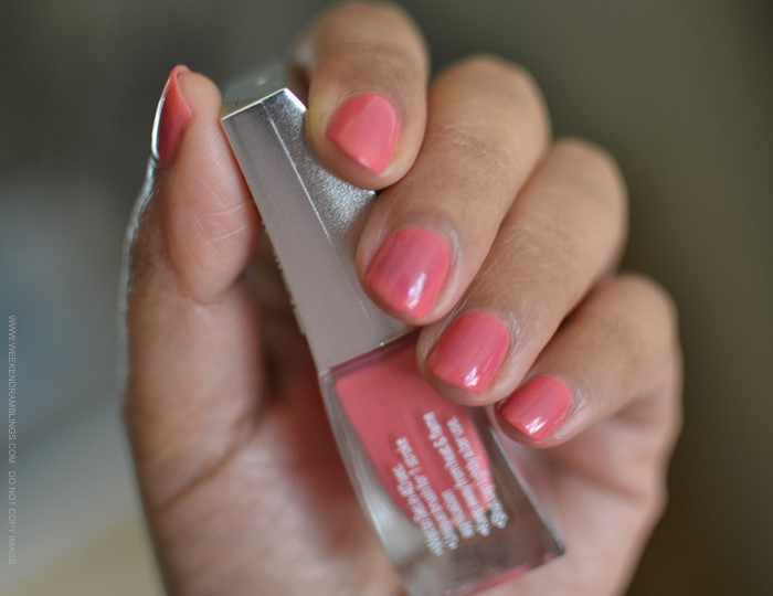 Lakme Nail Polish Fast and Fabulous One Stroke Nail Colour Popping Pink 17 Indian Makeup Beauty Blog Photos Swatches Review NOTD