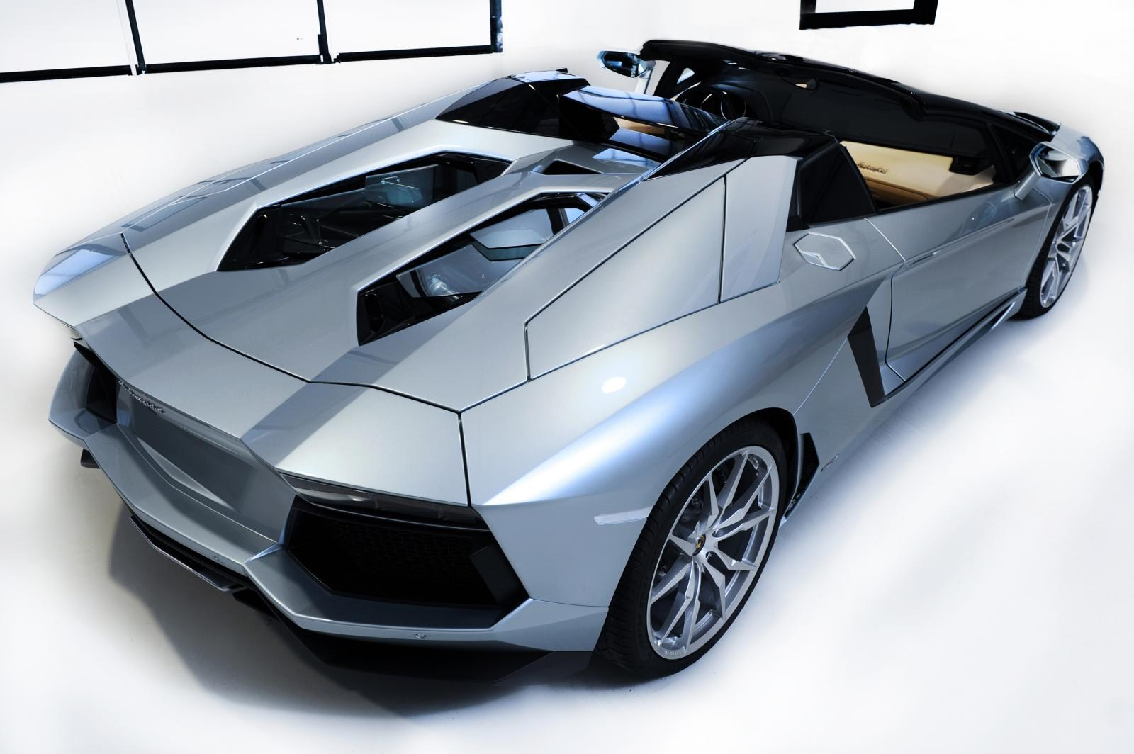 Lamborghini Aventador Lp700 4 Roadster Prices Review