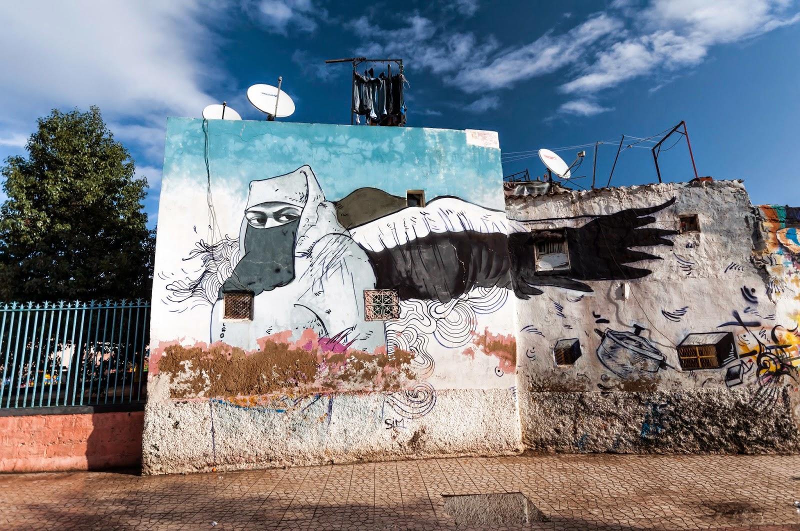 Casablanca'nın Kanatlanmaya Yüz Tutmuş Duvarları