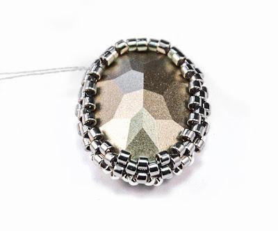 Мастер-классы: Мастер-класс:ажурное оплетение ювелирных кристаллов и жемчуга Сваровски