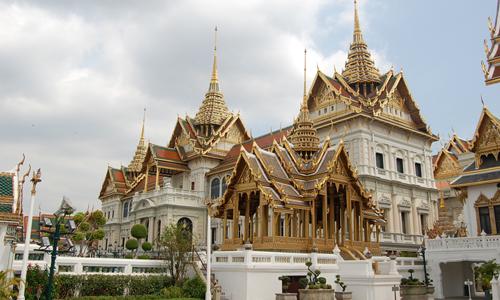 Cung+dien+Grand+Palace.jpg (500×300)