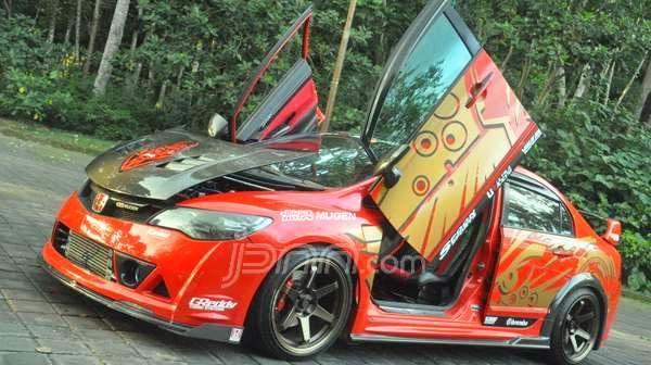 Modifikasi Honda Civic FD1 2008: Red Devil Racing Style